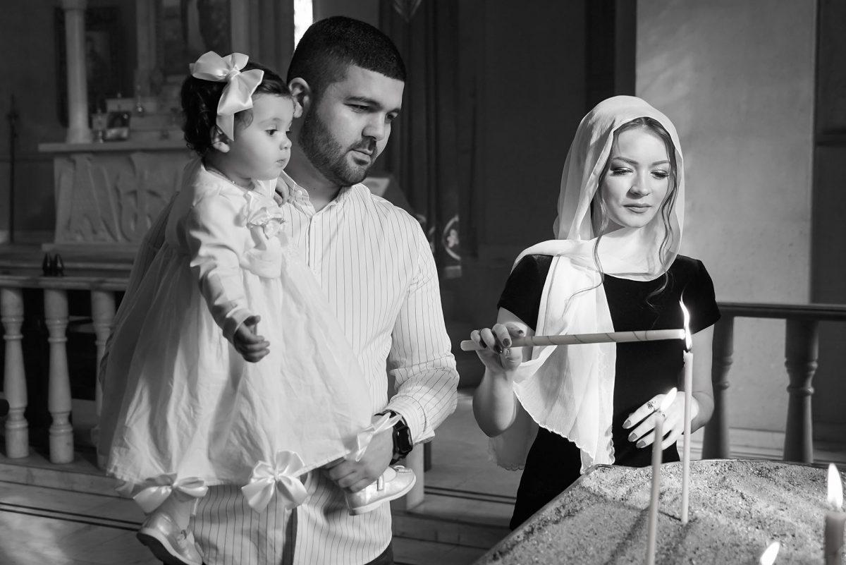 Крестины или крещение ребенка